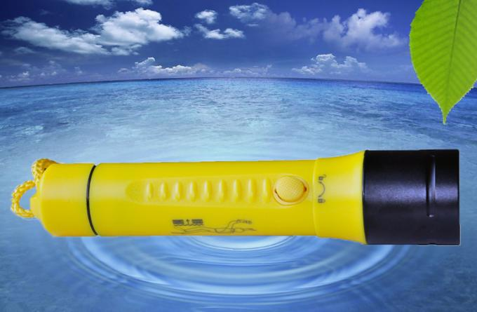 800LMLED Dive Torch Under Water 100m Waterproof Plastic Diving Torch D-X4 1xXML2