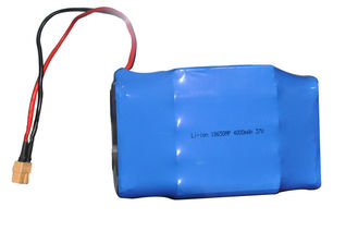 China 4000mAh 37V Flashlight Battery Pack , Rechargeable Lithium Ion Battery supplier